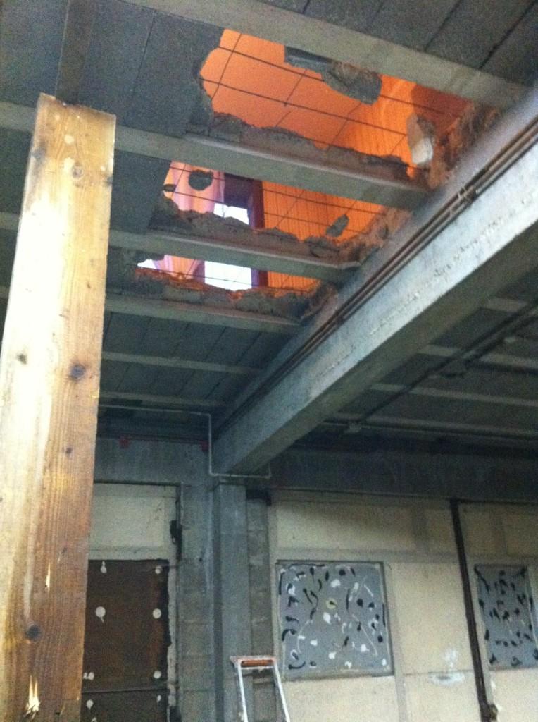 4/ Réalisation du gros oeuvre : trémies et ouvertures murs porteurs img_0221