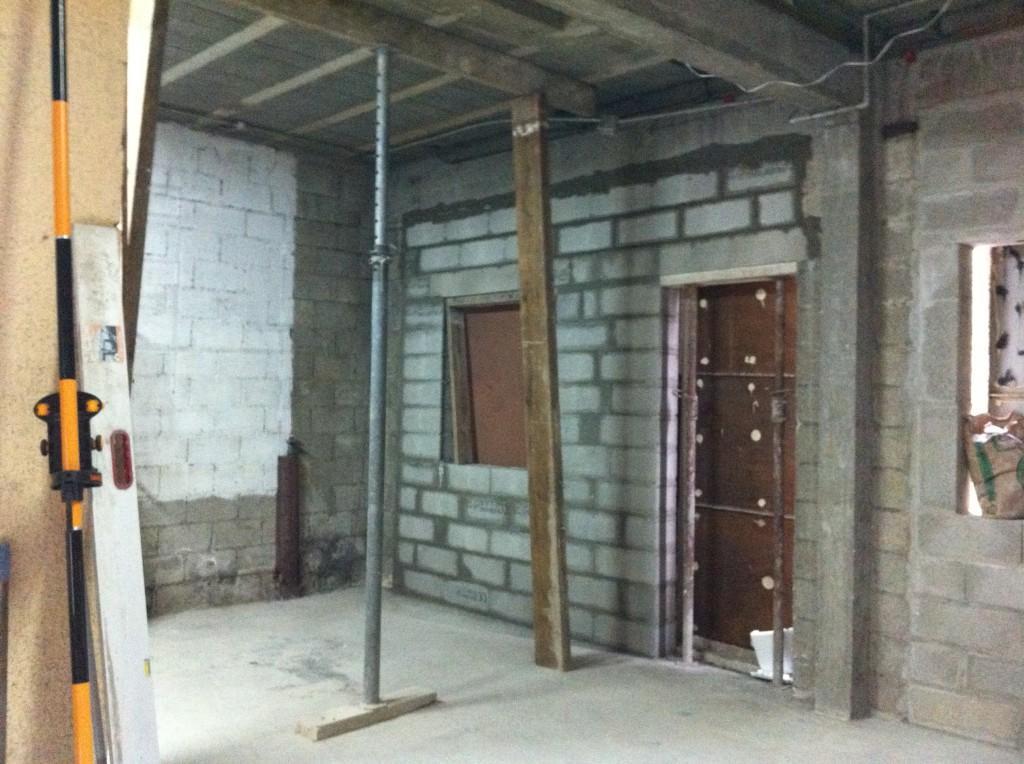 4 r alisation du gros oeuvre tr mies et ouvertures murs for Fenetre mur porteur